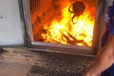 Policia Civil realiza incineração de quase cinco toneladas de drogas apreendidas