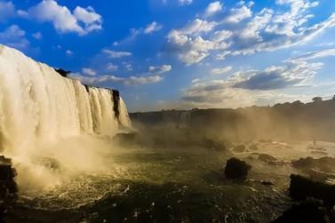 Cataratas do Iguaçu recebem mais de 9 mil visitantes em dois dias de feriadão