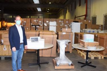Estado entrega equipamentos no tratamento da covid-19 a Curitiba e Foz do Iguaçu