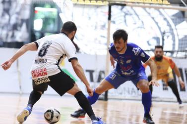 Foz Cataratas sofre a virada, perde para o Corinthians e é eliminado da LNF