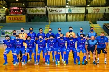 Foz Cataratas Futsal recebe o Umuarama em busca da terceira final seguida