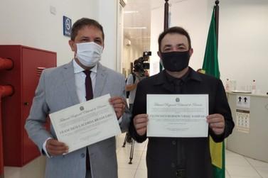 Prefeito reeleito Chico Brasileiro e vice são diplomados pela Justiça Eleitoral
