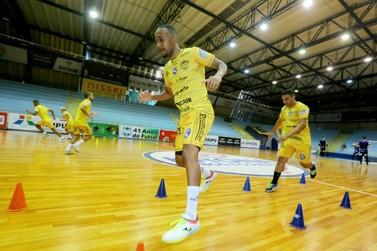 Foz Cataratas se reapresenta para os treinamentos visando a Taça Brasil; FOTOS