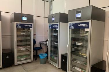 Foz do Iguaçu tem refrigeradores capacitados para acondicionar vacinas