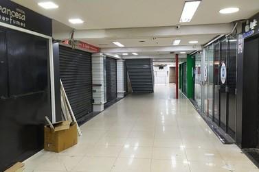 Por conta da pandemia, apenas 40% das salas comerciais estão alugadas em CDE