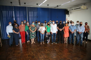 Prefeito e vice fazem primeira reunião com secretariado de Foz do Iguaçu