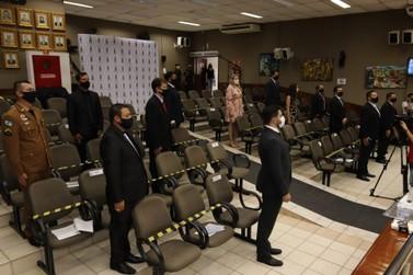 Vereadores tomam posse e Ney Patrício é eleito Presidente do Legislativo