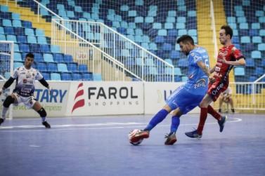 Foz Cataratas Futsal termina em primeiro lugar no grupo B da Taça Brasil