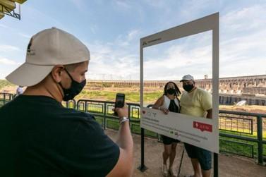 Mais de 5,6 mil turistas visitaram a usina de Itaipu durante o Carnaval