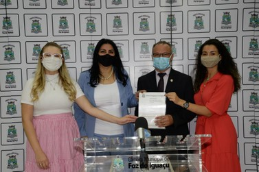 Bancada Feminina propõe semana contra assédio sexual no serviço público