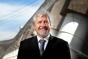 Ex-diretor de Itaipu Jorge Samek segue em estado grave com Covid-19 em Curitiba