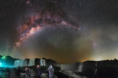 Fótografo registra nas Cataratas imagens inéditas através da astrofotografia