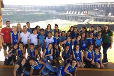 """""""Basquete Sem Fronteiras"""" integra inclusão social e desempenho esportivo"""