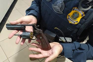 PRF prende idoso com revólver calibre 38 na cintura em Santa Terezinha de Itaipu