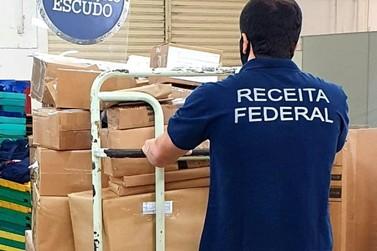 Receita Federal retém 254 volumes de remessas postais irregulares em Foz