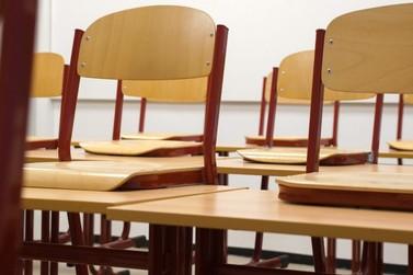 Colégio estadual em Foz que retomou aulas presenciais registra casos de Covid-19