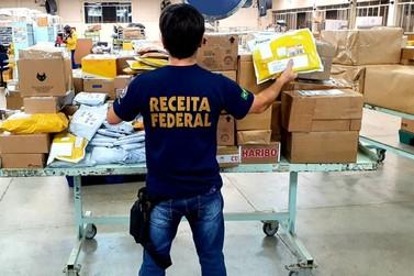 Receita Federal retém 180 volumes de remessas postais, avaliados em R$ 90 mil