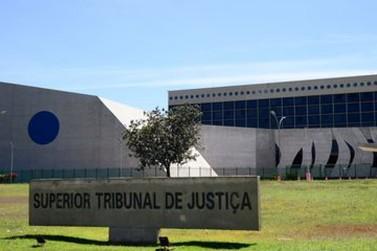 STJ mantém condenação de ex-presidente da Câmara de Vereadores de Foz do Iguaçu