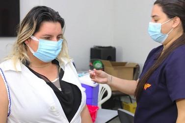 Foz do Iguaçu aplicou mais de 113 mil doses de vacina contra a Covid-19