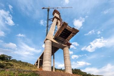 Obras da Ponte da Integração chegam a 64% de execução na fronteira com Paraguai