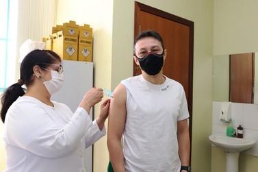 Foz do Iguaçu alcança 99,6% da população adulta vacinada contra a Covid