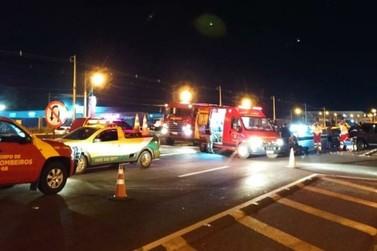 Grávida de sete meses é encaminhada ao hospital após acidente na BR-277