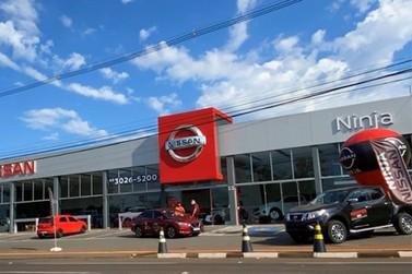 Nissan Ninja promove evento com costelão de chão e test drive premiado