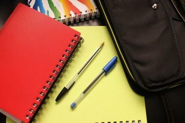 Programa que oferece auxilio no material escolar é aprovado no Legislativo
