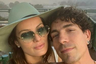 Modelo Isabeli Fontana e cantor Di Ferrero passeiam pelas Cataratas do Iguaçu