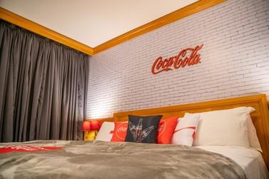 Coca-Cola inaugura em Foz do Iguaçu primeiro e único quarto temático no país