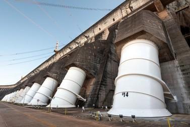 Em ano de produtividade recorde, Itaipu atinge 50 milhões de MWh neste sábado