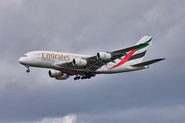 Governador e prefeito articulam voo da Emirates Airlines para Foz do Iguaçu