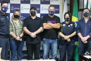 Guardas municipais são homenageados pelos serviços realizados em Foz do Iguaçu