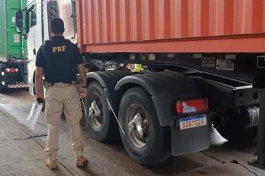 """PRF intensifica fiscalização da """"Lei do Descanso"""" para caminhoneiros na região"""