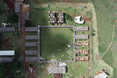 Unioeste divulga imagem aérea e mostra telhados destruídos pelo temporal