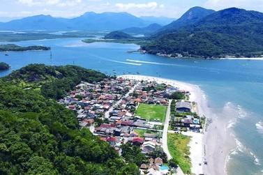 Além de belas praias, Caieiras oferece um lado histórico e comunitário