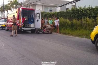 Moto e duas bicicletas se envolvem em acidente no Mirim