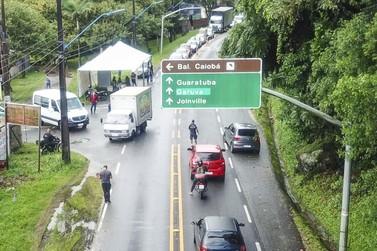 Barreira Sanitária em Matinhos interfere em rota de ônibus intermunicipal