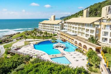 Passe o dia dos namorados em um luxuoso resort em Florianópolis
