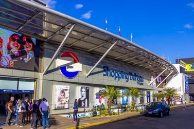 Viaggiare está com pacotes para passeio de compras no Paraguai em junho