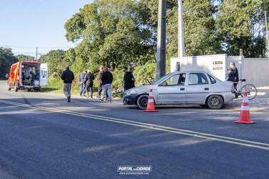 Ciclista é atingido por veículo em curva na Avenida Paraná