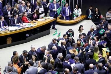 Câmara dos Deputados aprova reforma em 1º turno Reforma da Previdência