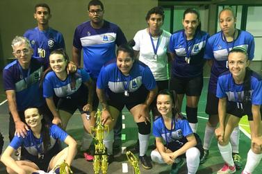 Equipe de Guaxupé vence Torneio Regional de Futsal Feminino