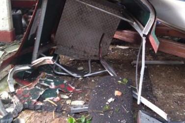 Teleférico cai em Poços de Caldas na tarde desta quinta-feira (05)