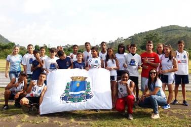 Atletismo infantil e juvenil de Guaxupé fica em 4º lugar em regional da LIDARP