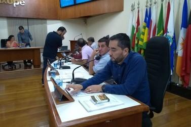 Câmara Municipal realiza primeira votação eletrônica