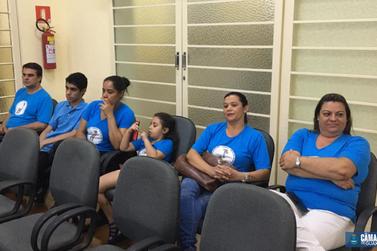 Vereadores aprovam projeto que dá gratuidade à deficientes e acompanhantes