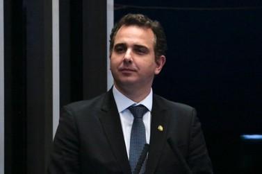 Senador Rodrigo Pacheco destina meio milhão de reais para saúde de Guaxupé