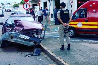 Colisão entre caminhão e veículo complica o trânsito no Jardim Planalto