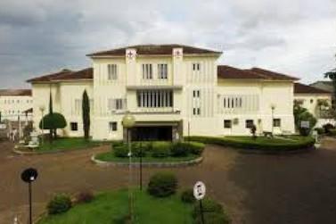 Prefeitura renova convênio com a Santa Casa de Misericórdia